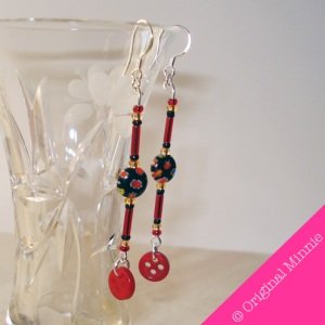 Original-Minnie-handmade-dangle-black-and-red-Earrings-with-red-button